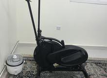 جهاز تمارين اوربت تراك الرياضي مستعمل  من شركة يو مارك