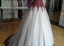 فستان مناسبة كبير