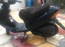 دراجة سوزوكي  مستعمله  تشتغل تحتاج تعديل وترتيب لان متروكه  السعر 150