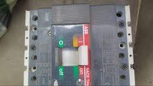 MCCBO رباعي 4P ABB 160 A قاطع كهرباء