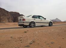 ///BMW320