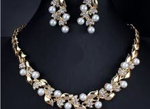 Pearl Jewelry Set with stones