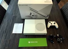 Xbox one s 500GB clean