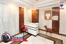 شقة للبيع لوران (كمبوند كيروسيز - متفرع من ش شعراوي) - بمساحة 178 متر – نصف تشطيب