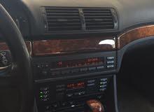 BMW 525 السيارة الله يبارك سيرفز تام