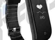 ساعة سوار الرياضية الذكيه Huawei Band 3e اللون: اسود الحاله: جديده بالكرتونه