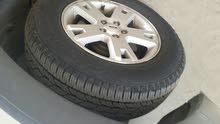 سيارة فورد للبيع نظيفة كفرات جديدة مكيف مركزي مثبت سرعة ثلاتة كراسي فرش جلد