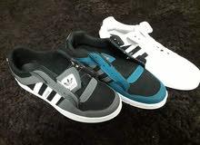 أحذية أديداس رجالية للبيع (جملة فقط)