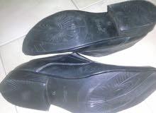 حذاء جديد مقاس 43 او 42 استراد جلد طبيعي لون اسود