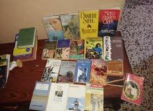 كتب ادب وسياسة وانكليزي وفرنسي  لكتاب 3الاف علكمية