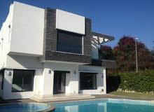 فيلا للبيع في المغرب تصميم خليجي  1000متر مربع منها 850 بناء  6 غرف نوم واجهتين