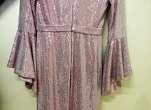 فستان سهرة لون زهري قياس 42