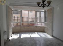 شقة مميزة للبيع في ام السماق طابق اول 175م