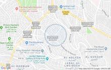 شقة فارغة في جبل الحسين للايجار