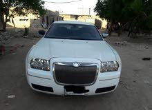 White Chrysler 300C 2010 for sale