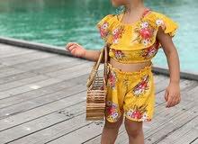 ملابس اطفال متنوعة