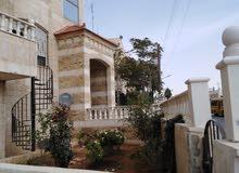 شقة أرضية للبيع عند اشاره الدوريات الخارجيه مساحتها 130م