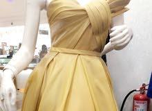 فستان جديد لبسه واحده