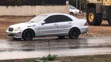 سيارة مرسيدس c200 موديل 2001