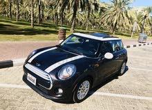 mini 2015 USA import very clean dubai 0526707382