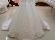فستان زفاف للبيع