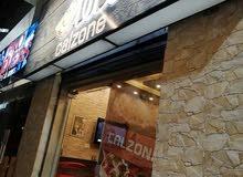 مطعم بيتزا للبيع مع كامل معداته موقع مميز