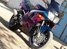 بطح يامها YZF 750 دراجه مكفوله سرعه 300