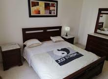 شقة مفروشة موثث بالكامل في تونس العاصمة متكونة من ثلاث غرف و صاله