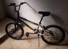 بسكليت دراجه هوائيه نوع kent امريكي مستعمل اشي بسيط