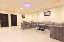 شقة فخمة مؤثثة للإيجار عوائل حي الندوة بشرق الرياض