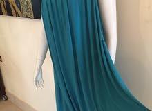 فستان جديد مقاسه من 42الى 44