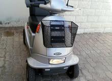 للبيع كرسي كهربائي متحرك وعملي جدا وقوي