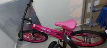 دراجة هوائية بناتي شبه جديدة