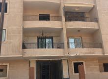 شقة 165 بموقع مميز جداً بالمنطقة الثامنة بمدينة الشروق