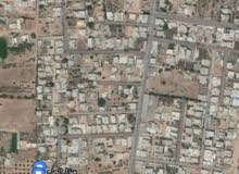 ارض سكنية 1120م للبيع عين زارة طريق المشتل