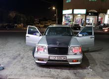Silver Mercedes Benz E 200 1984 for sale