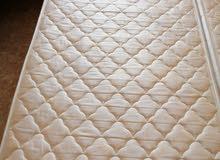 سرير فردي مع المرتبه للبيع عدد 2 ب 25 ريال