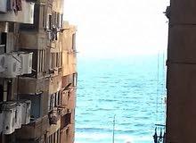 شقه للبيع سيدى ترى البحر 150 متر