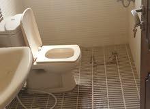 ثلاث' غرف نوم ثلاث حمامات مطبخ صاله 240 قابل للتفاوض