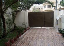 دار سكني بحالة جيدة في بغداد/ حي الاعلام