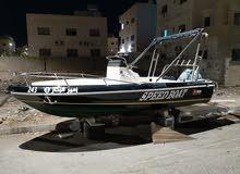 قارب سريعمع محرك 115 حصان