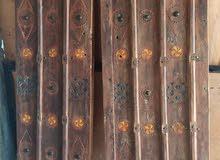 باب قديم صناعة يدوية