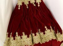 فستان مخمل احمر