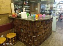 جوس بار داخل مطعم في مجمع الداود ضاحية الامير راشد
