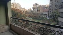 لكل عشاق شارع جامعة الدول العربية شقة دوبلكس في المهندسين لقطة للبيع. مصر
