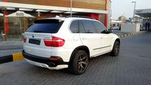 BMW X5 48I very clean car  (تلاتة صفات )