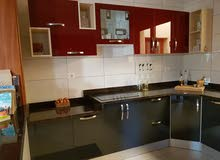 مطبخ حديث 12 متر بالرخام استعمال بسيييييط شبه جديد