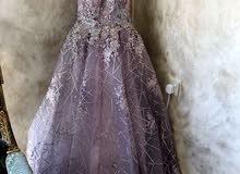 فستان خطبة لون بصلي