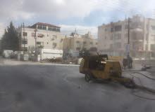 مخازن تجارية للايجار  في ضاحية الامير راشد على 3 شوارع مطلة