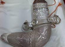 خنجر عمانية مع حزام فضة